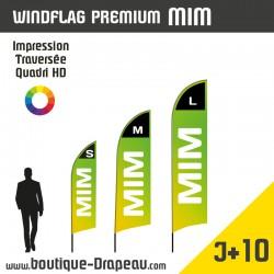 <h2>Oriflamme : WindFlagPremiumMIM- Résistant</h2> <h2>S - M - L</h2> <p>LeWINDFLAG Premium MIM, est un oriflamme conçu avec un mat en aluminium. Ses tubes très résistants vous permettront de le conserver très longtemps sans risque de casse. Simple et rapide, votre drapeau sera installé en quelques minutes. La forme de sa voile permet d'imprimer des visuels très percutants.</p> <p>3 dimensions Extérieur ou Intérieur.</p>
